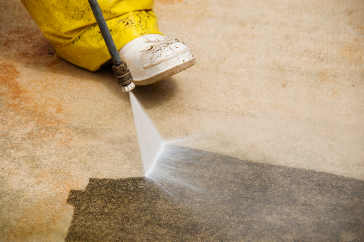 The Pros and Cons of Gas Pressure Washers Compared to Other